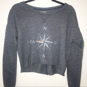 HOLLISTER cropped crew neck sweatshirt